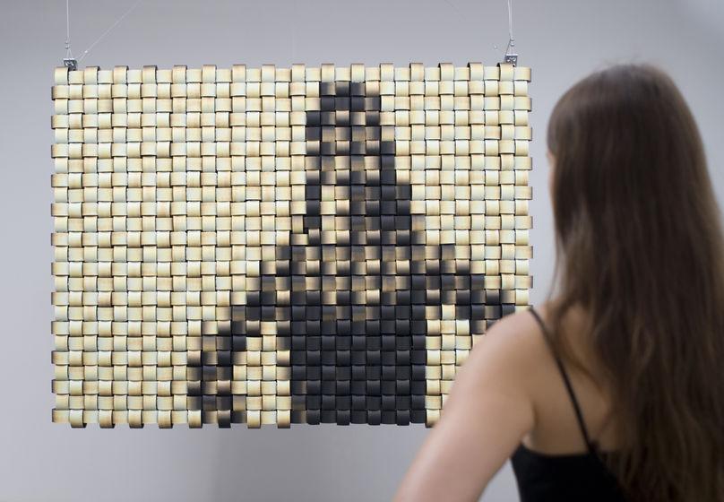 Weave Mirror by Daniel Rozin
