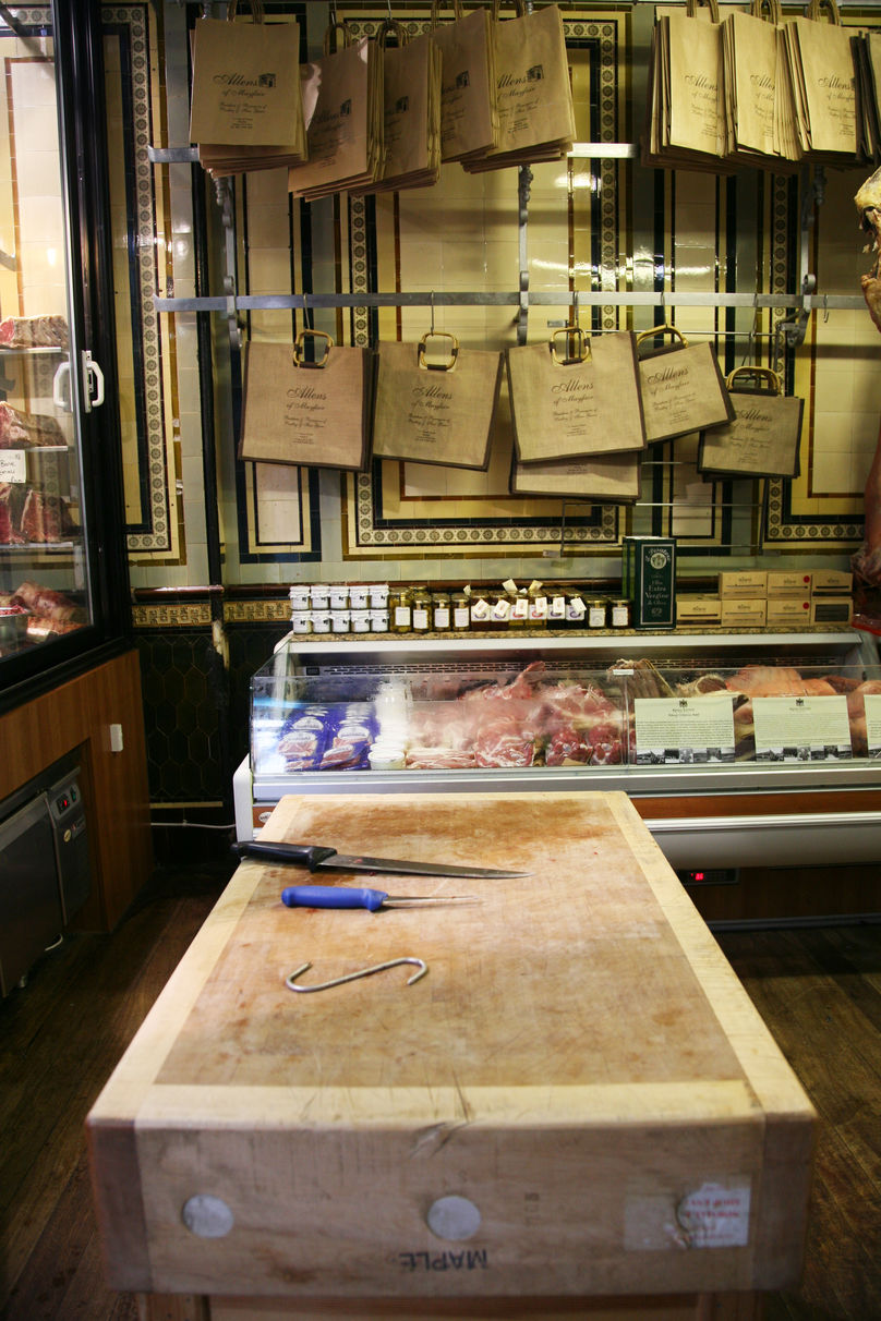 Butchery classes, Allens of Mayfair, London