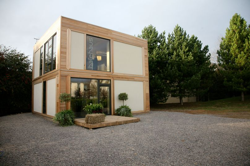 Straw-Bale Prefab home by Modcell, Uk