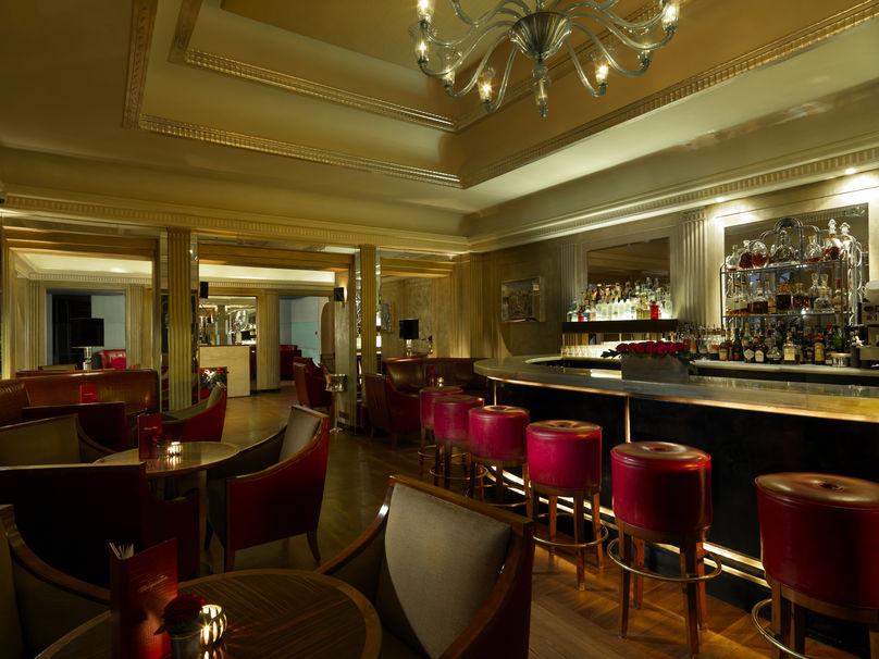 Claridges Bar