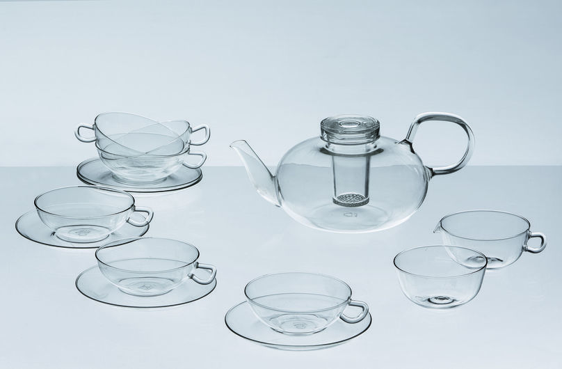 Tea Service by Wilhelm Wagenfeld, The Essence of Things at the Vitra Design Museum, photo by Andreas Sütterlin, © Vitra