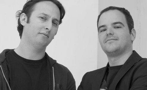 Jamie Zigelbaum and Marcelo Coelho : Bringing computing out of the box Jamie Zigelbaum and Marcelo Coelho see pixels