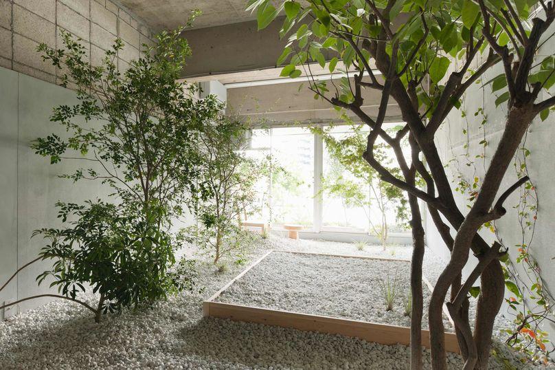 Llove Hotel, Ryuji Nagayama, photography by Takumi Ota Japan