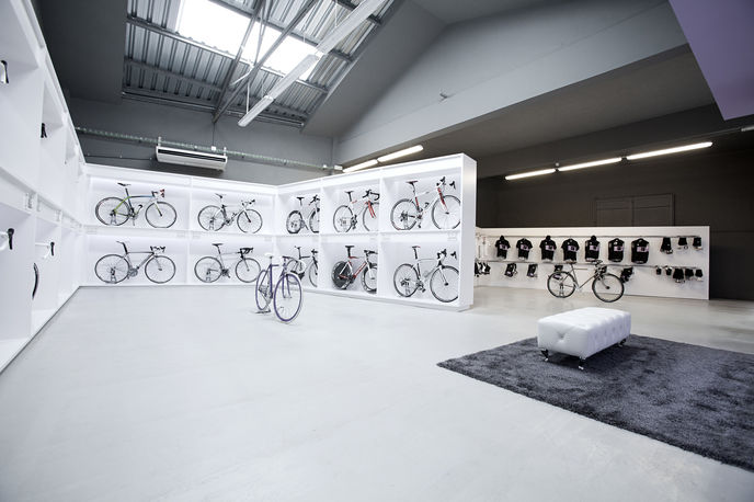 Pave bike shop, by Joan Sandoval, Barcelona