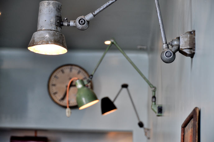 Atelier Mecanic by Corvin Cristian, Bucharest