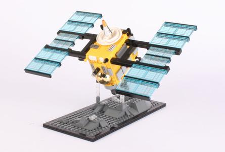 LSN : Big Ideas : Lego platform builds customer collaboration