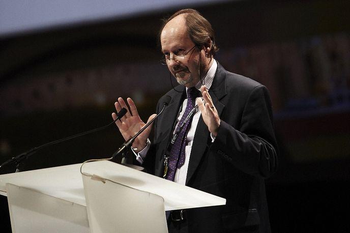 John Andrews presenting at the ILTM