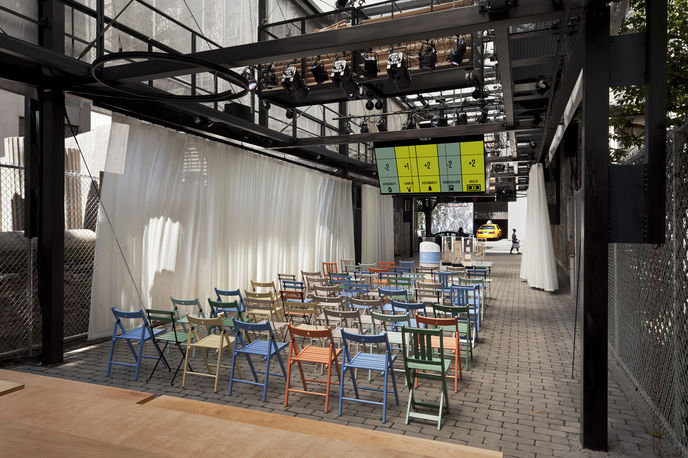 BMW Guggenheim Lab, Manhattan East Village, combines a thinktank, public forum ?and community centre