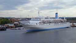 Thomson coasts towards budget cruise market