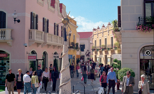Discount outlets attract emerging market tourists