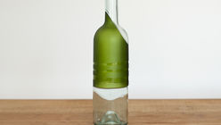 Set piece: New glass bottle has various forms