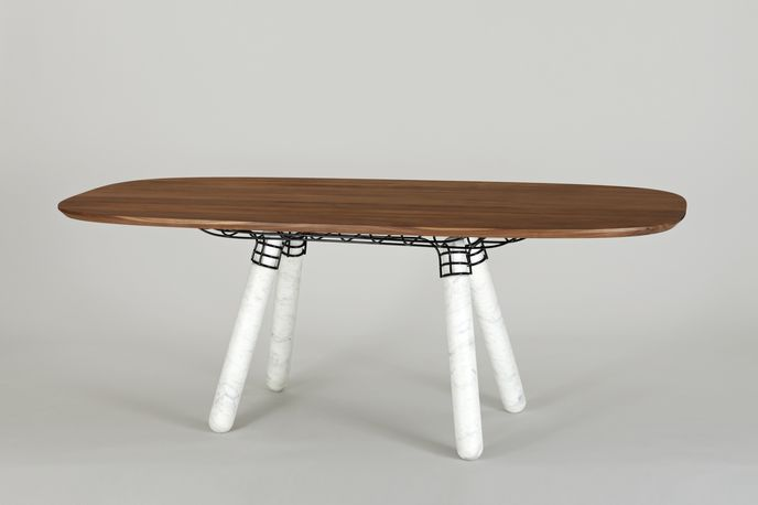 Magnum table by Pierre Favresse for La Chance