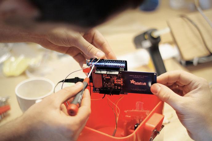 NFC Gumball Machine by Razorfish, Germany
