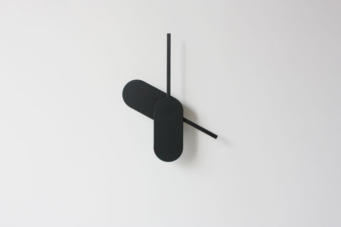 Big Hands Clock by Yenwen Tseng