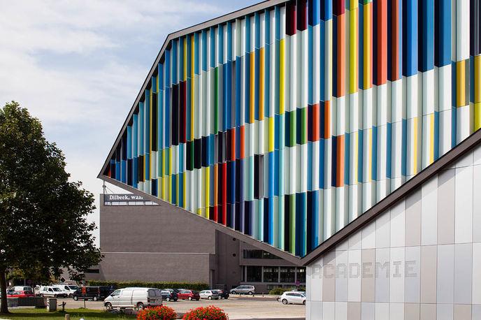 Academie MWD by Carlos Arroyo Architects
