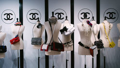 China reaffirms strong demand for luxury handbags