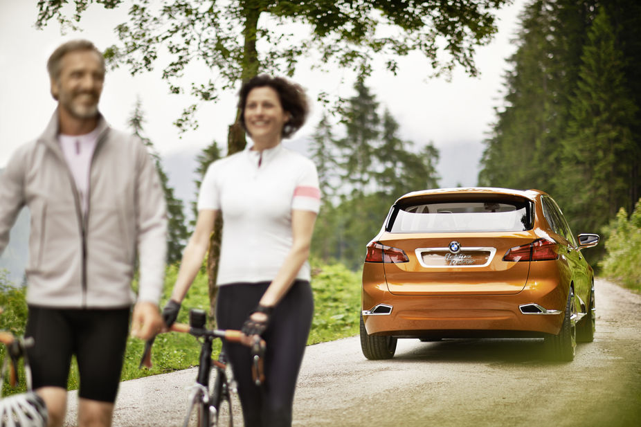 Lsn News On Your Bike Bmw Concept Car Hits The Road