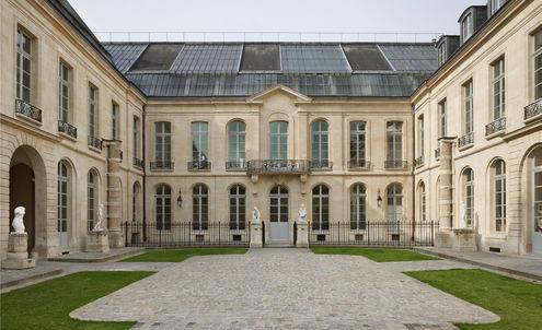 Ralph Lauren to fund Paris art school restoration
