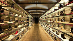 Luxury sneaker temple blends online and offline retail