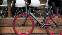 Smart cycle: Bike uses technology and community to be smarter
