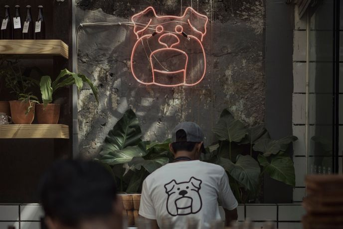 Three buns, Jakarta