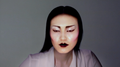 CGI cosmetics: Artist uses projection-mapping to create virtual make-up