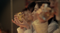 Whisky with a twist: Glass creates seasonal display of sounds and visuals
