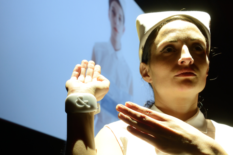 Feel The Reel sensory wristband by Studio XO uses bio-feedback to capture the wearer's emotions