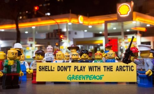 Lego to discontinue Shell-themed toys after Greenpeace campaign