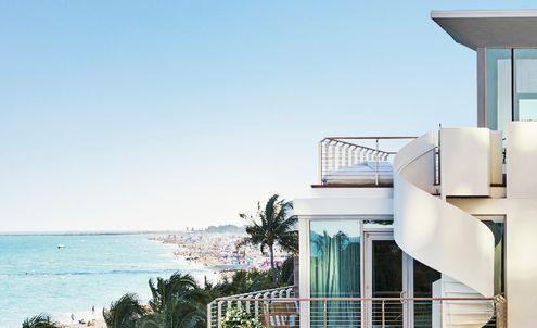 New luxury hotel opens during Design Miami/ 2014