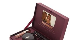Charlotte Tilbury launches a make-up box with an in-built video tutorial