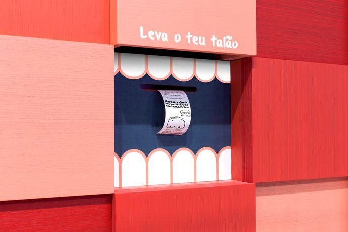 Zippy store by Dalziel + Pow, Portugal