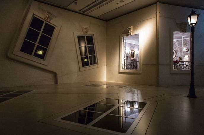 Hermés Wanderland exhibition at Saatchi Gallery, London