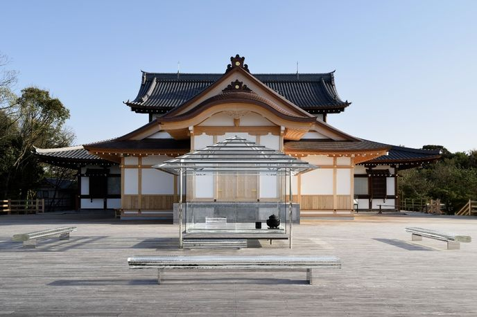 KOU-AN Glass Tea House by Tokujin Yoshioka, Japan.
