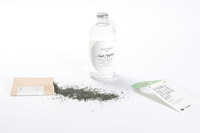 Vodka Tea Infusion Kit by Paper & Tea, Berlin