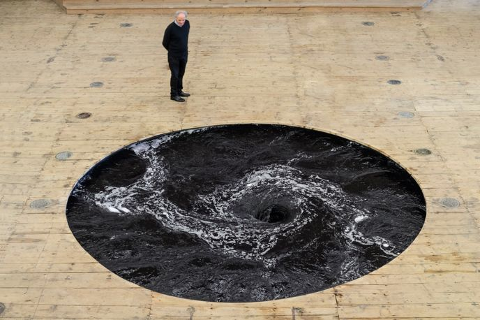 Descension by Anish Kapoor