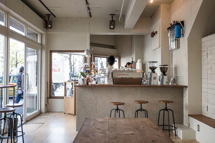 Glitch Coffee Café, Japan
