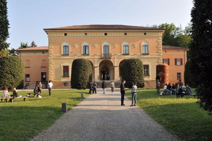 The Centre for Digital Business Education, Bologna Business School