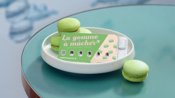 Air France differentiates with decadent gum