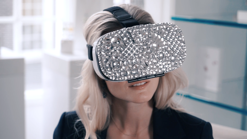 VR shopping experience by Swarovski and Mastercard