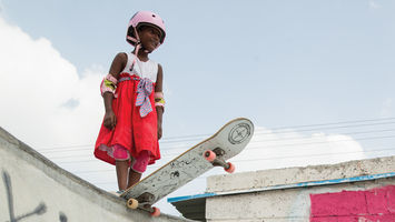 Female empowerment through skateboarding, a skincare line that protects against environmental aggressors