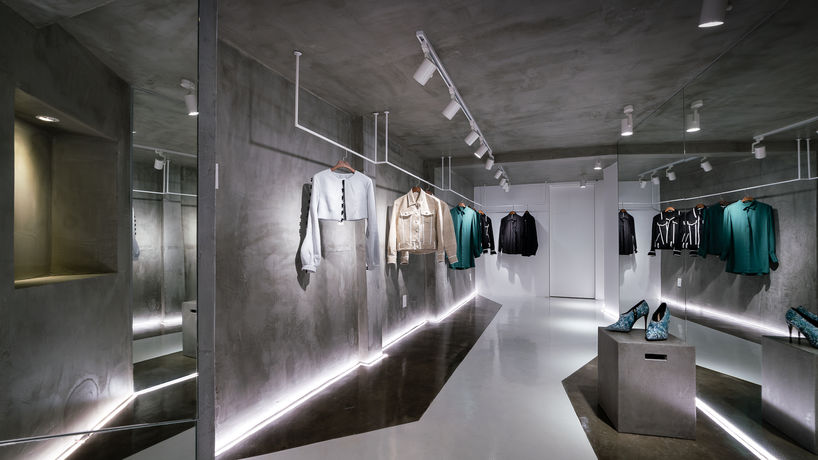 Nguyen Hoang Tu flagship store by Red5 Studio, Ho Chi Minh City