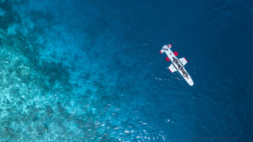 Deep Flight experience by Four Seasons, Maldives