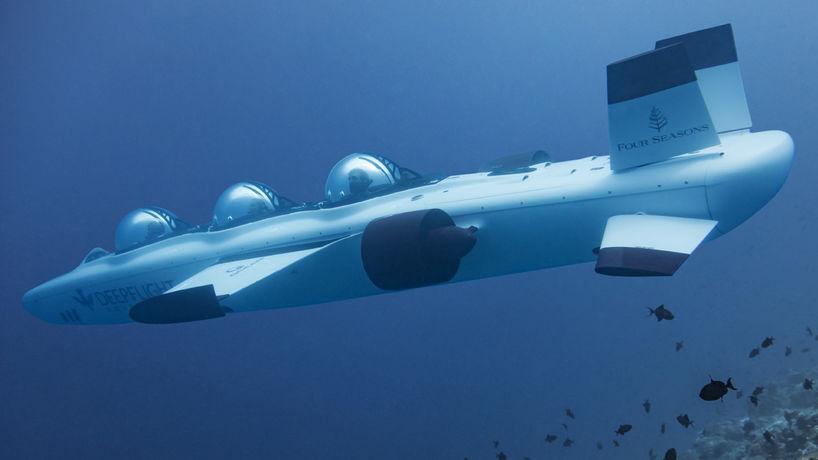 Deep Flight experience by Four Seasons, Maldives