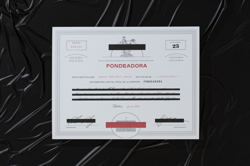 Fondeadora is an ethical banking system that aims to democratise the hierarchical power structures that exist in the finance industry