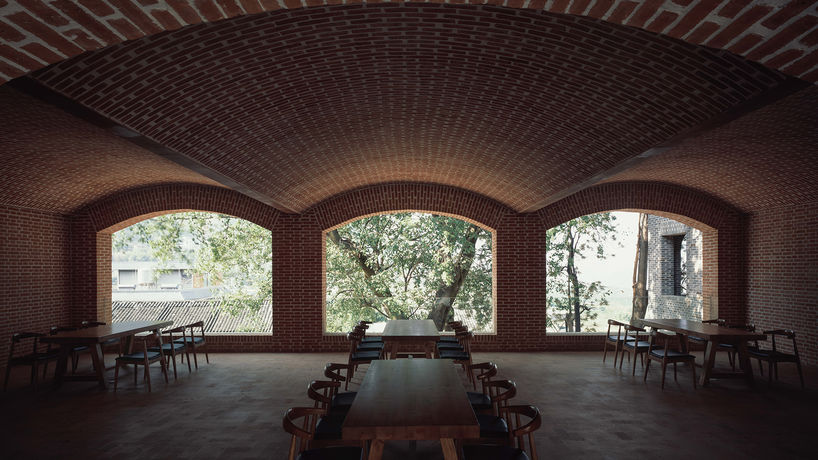 Xinzhai Coffee Manor by TAO architects. Photography by Su Shengliang