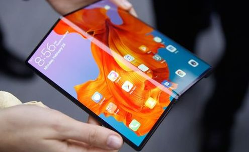 The unexpected UX potential of folding smartphones