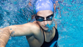 Form's augmented reality goggles improve swim training