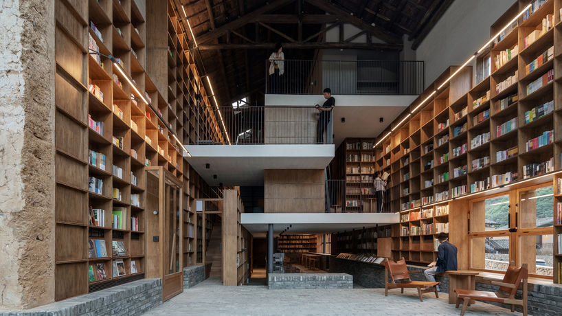 Capsule Hotel and Bookstore by Atelier Tao+C, Qinglongwu, China